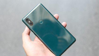 Xiaomi Mi Mix 2S màu xanh ngọc lục bảo về VN
